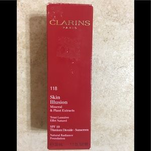 Clarins Skin Illusion Foundation New In Box #118